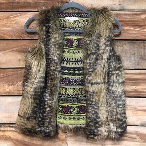 Mossimo faux fur Xs brown vest